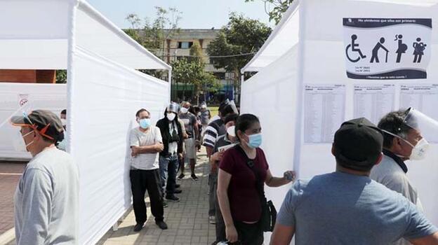 Peru'da devlet başkanlığı seçimi için oy verme işlemi başladı