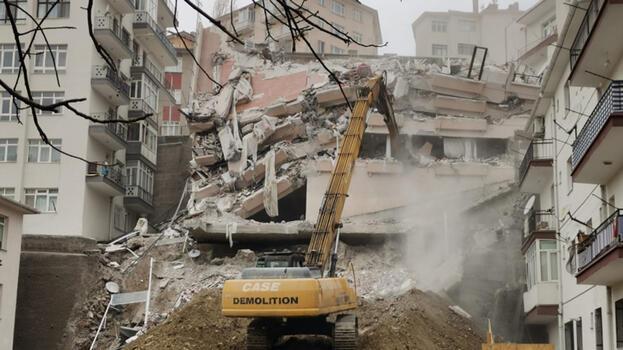 Ankara'da, 900 kişinin evsiz kaldığı mahallede fırsatçı ev sahipleri 500 lira zam yaptı!