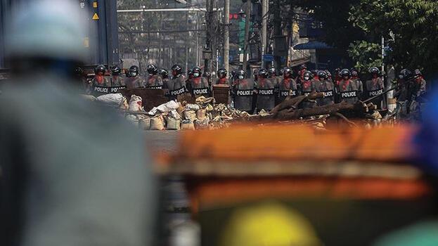 Myanmar'da bilanço ağırlaşıyor! Ölü sayısı 726'ya çıktı