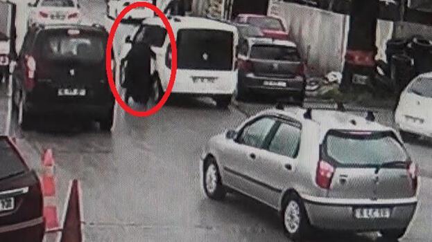 Aracını çaldıkları kadını metrelerce sürükledi!