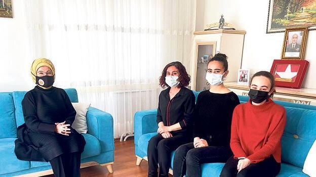 Emine Erdoğan'dan şehit ailesine ziyaret