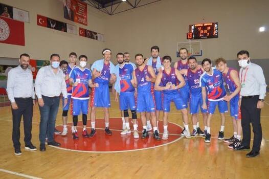 Büyükşehir erkek basketbol takımı, adını final grubuna yazdırdı
