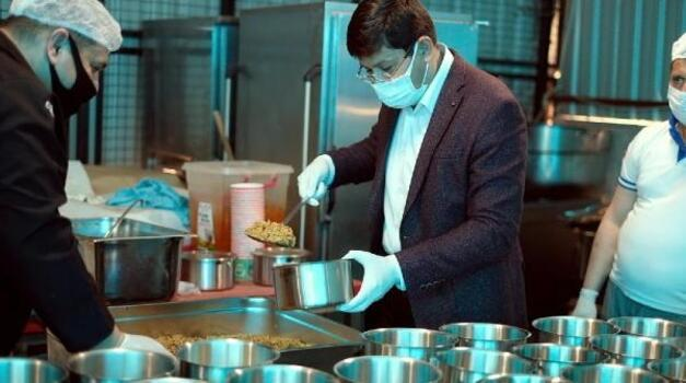 Nazilli Belediyesi her gün 500 kişiye iftar yemeği dağıtılacak