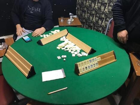 İş yerinde oyun oynayan 6 kişiye ceza