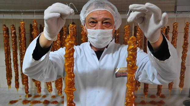 Manisa'da 'ramazan sucuğu'na yoğun ilgi