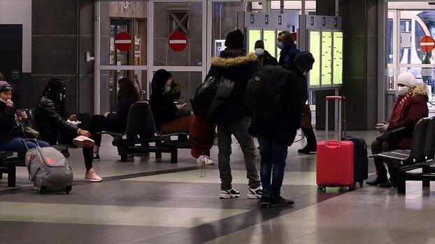 """Belçika'da """"zorunlu olmayan"""" seyahatlere uygulanan yasak kalktı"""