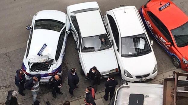 Son dakika... Ankara'da freni boşalan kamyon araçlara çarptı! 5 saniye ile kurtuldular