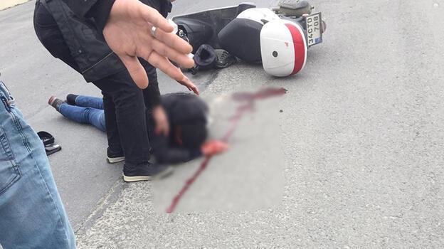Silivri'de feci kaza! Motosiklet sürücüsü ölümden döndü