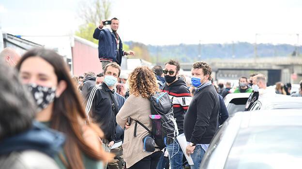 Son dakika... Otoyolu kapattılar! İtalya'da salgın protestosu