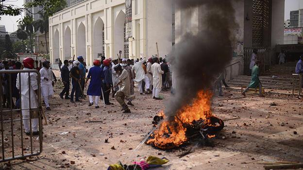 Son dakika... Modi karşıtı gösteriler nedeniyle 100 kişiye gözaltı!