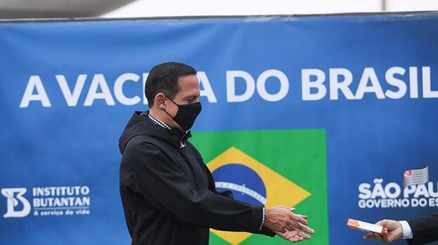 Brezilya'da son 24 saatte Kovid-19'dan 3 bin 321 kişi hayatını kaybetti