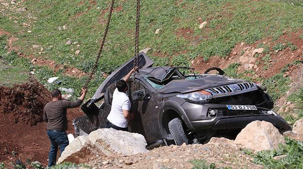 Siirt'te feci kaza! Devrilen pikabın sürücüsü hayatını kaybetti