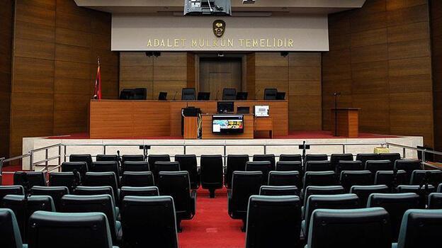 FETÖ'cü eski katibe 6 yıl 3 ay hapis cezası
