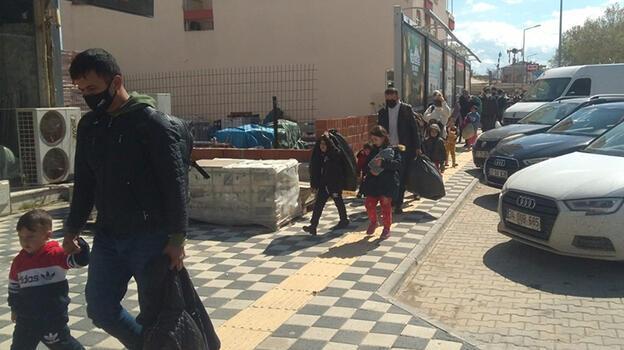Durdurulan otobüsten 47 kaçak göçmen çıktı
