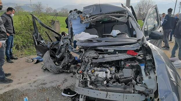 Feci kaza! 4 ağır yaralı: Anbean kaydedildi