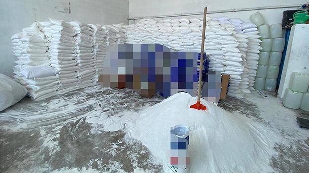 Konya'da 34 bin 185 kilogram sahte toz deterjan ele geçirildi