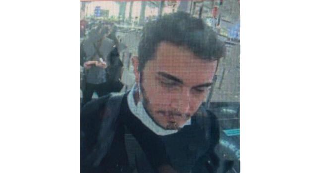 Thodex'in kurucusu Faruk Fatih Özer'in havalimanından ayrılırken fotoğrafı