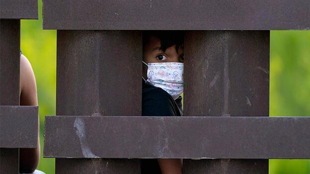 Meksika refakatsiz göçmen çocuklar için 17 barınak kuracak!