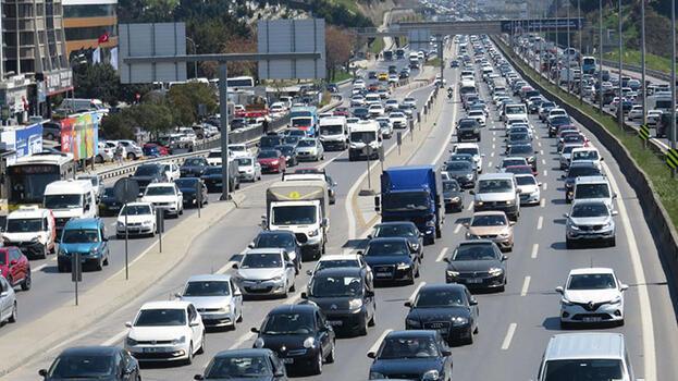 82 saatlik kısıtlama öncesi trafik yoğunluğu; yüzde 69