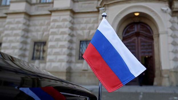 Son dakika... Çekya, Rus diplomatları sınır dışı etmeye devam kararı aldı