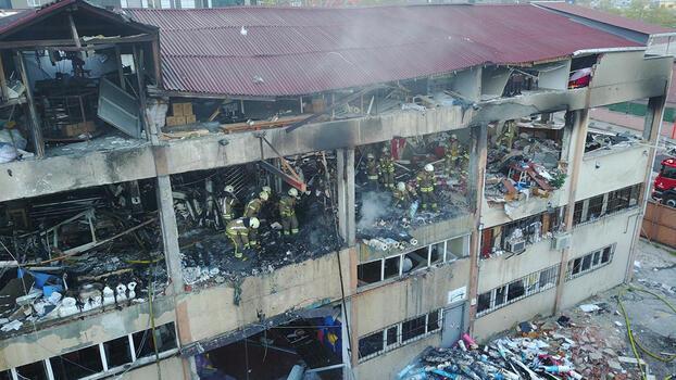 Bağcılar'da korkutan yangın! Ekipler oraya sevk edildi