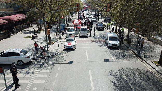 İstanbul Emniyet Müdürlüğü 23 Nisan'ı kortejle kutladı