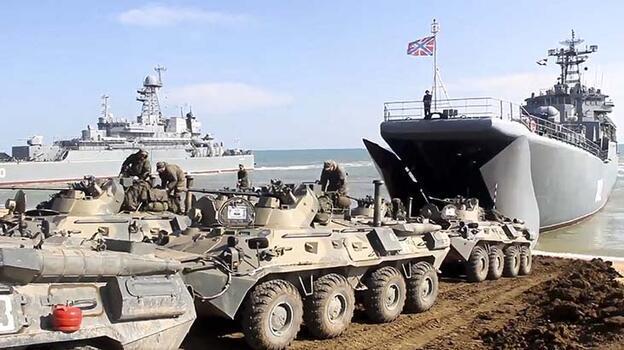 Son dakika... Rusya, Kırım'daki askerlerini geri çekiyor!