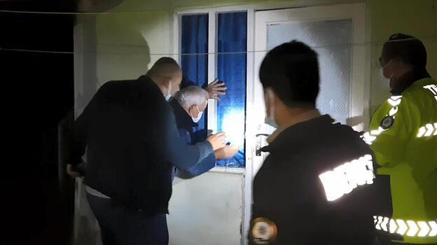 Evinde baygın halde bulunan kadını polis kurtardı