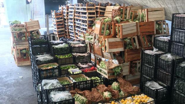 Bayrampaşa Yaş Sebze ve Meyve Hali esnafı 'Cumartesi'den umutlu