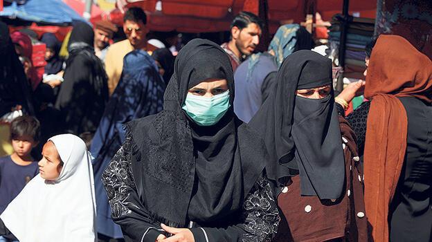 Afgan kadınlara yeniden yasak gelme ihtimali!