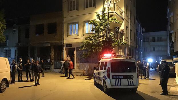 Bursa'da silahlı kavga! 1'i polis iki kişi yaralandı