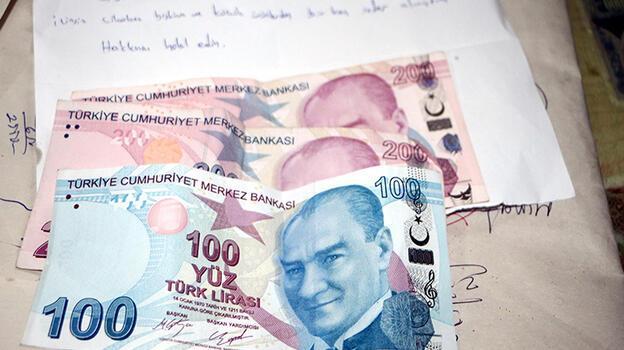 500 lira bıraktı, bıraktığı notla bakkalı şaşırttı! 'Çocukluk yıllarımda...'