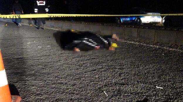 Gece yarısı feci kaza! Metrelerce sürüklendi