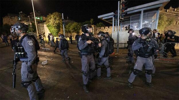 Son dakika! İsrail polisi saldırılarına devam ediyor! Filistinlilere ses bombalarıyla müdahale...