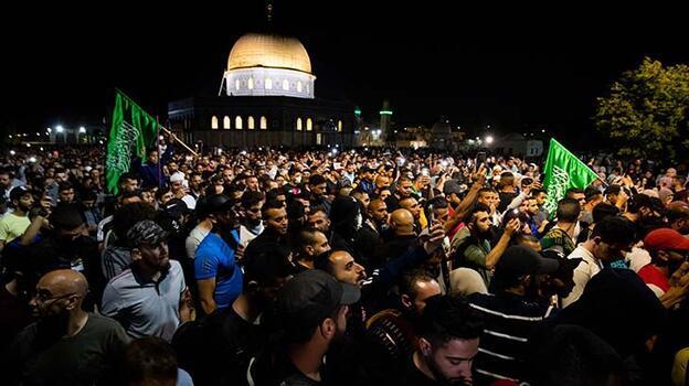 Son dakika... İsrail polisi Şeyh Cerrah'ta Filistinlilere müdahale etti!