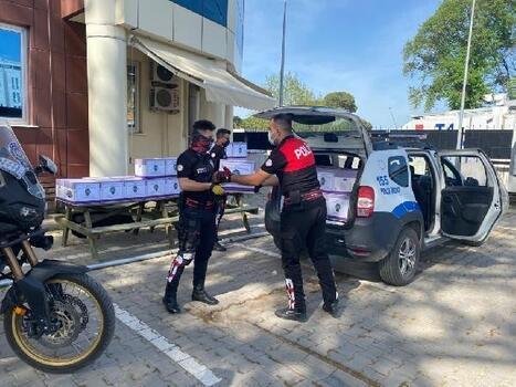 Biga polisinden ihtiyaç sahiplerine Ramazan yardımı