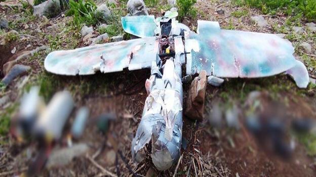 Son dakika... PKK'nın maket uçağı vurularak düşürüldü