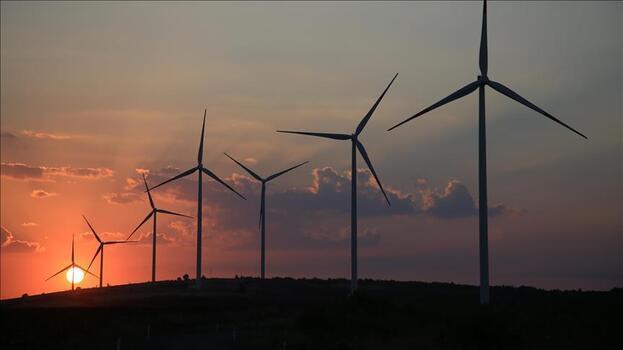 Depolama ile GES'ler gece karanlığında, RES'ler rüzgar yokken enerji sağlayacak