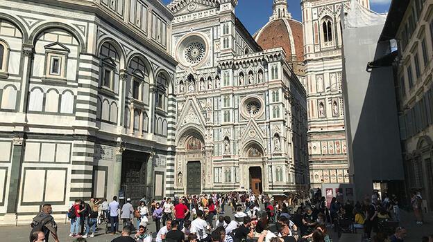 İtalya'da tedbirler kademeli olarak gevşetilecek