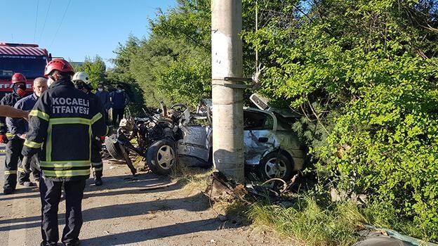 Feci kaza! Sürücü hayatını kaybetti, arkadaşı ağır yaralı...