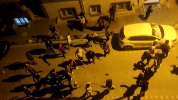 Esenyurt'ta iki aile arasında taşlı sopalı kavga