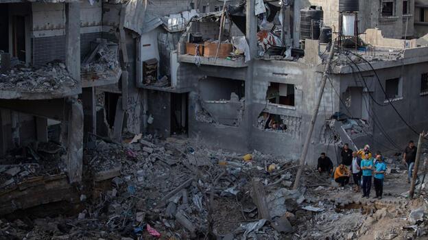 BM: Gazze'de 200'den fazla bina yıkıldı