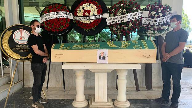 İzmirli gazeteci Sedat Sözer, son yolculuğuna uğurlandı