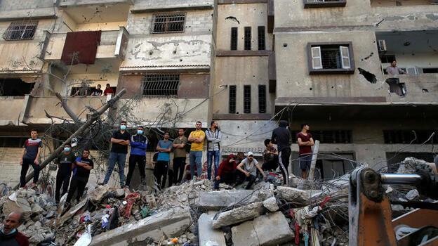 Gazze'de bir ev vuruldu, çocuklar katledildi