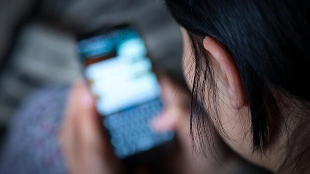 Telefondaki cinsel içerikli görüşme ortaya çıkardı! Kadın mahkemeye koştu