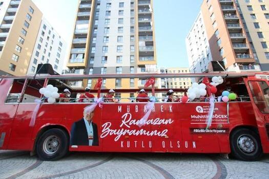 Büyükşehir'in Bayram Neşesi Mobil Konserleri sürüyor