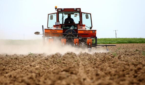 """Trakya'da çiftçiler """"tam kapanma"""" sürecinde de üretimlerini sürdürdü"""
