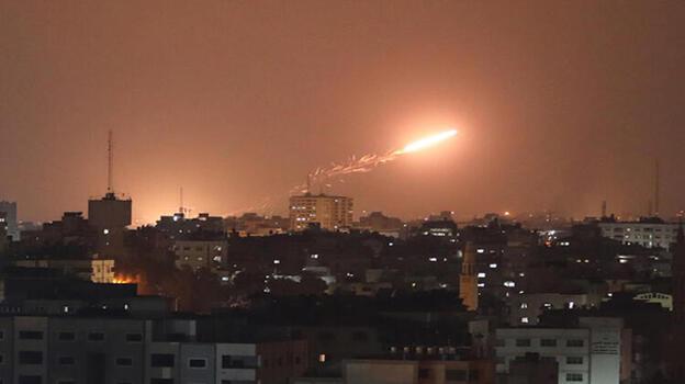 İsrail'den Gazze'deki sağlık merkezine füze saldırısı