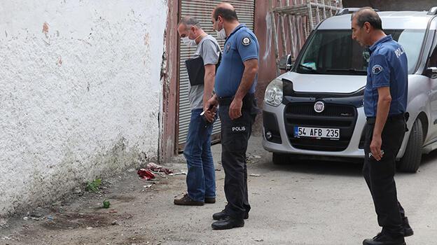 Adana'da bıçaklı kavgada 1 kişi yaralandı