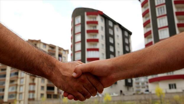 İzmir'de icradan satılık daire